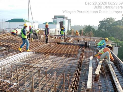 Block B - Reinforcement works to slabs at Level 7.