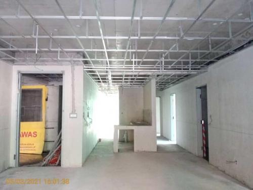 Block B - ground floor unit 4 internal finishes in progress.
