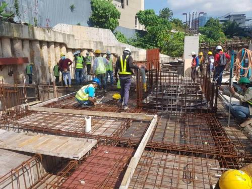 Ground to LG1 - concreting of ramp in progress